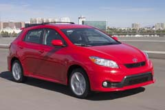 Toyota-Matrix_2011